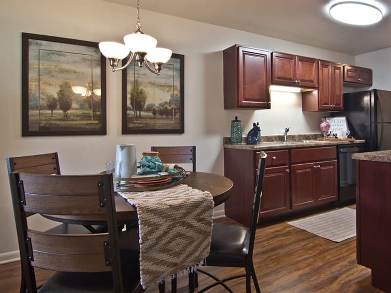 The Reserve at Copper Chase offers a spacious living room in York, Pennsylvania