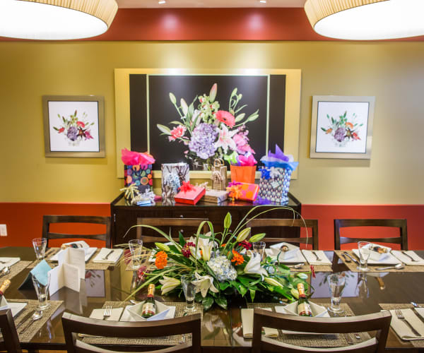 Beautiful dinning area at All Seasons of West Bloomfield in West Bloomfield, Michigan