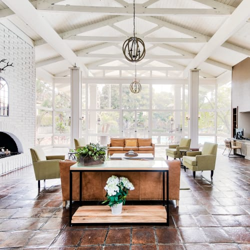 Schedule your tour of Mediterranean Village Apartments in Costa Mesa, California