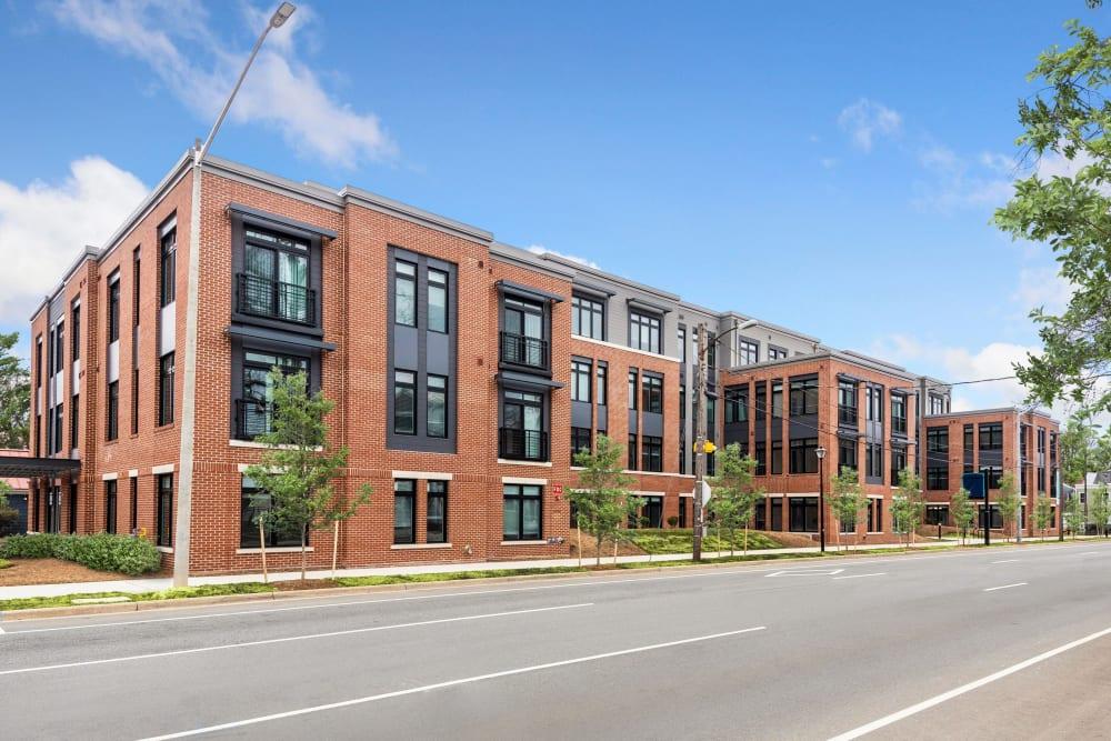 Lineage Building Exterior