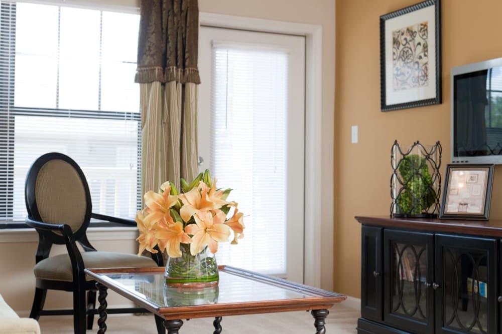 Plush carpeting in a model home's living area at Cahaba Grandview in Birmingham, Alabama