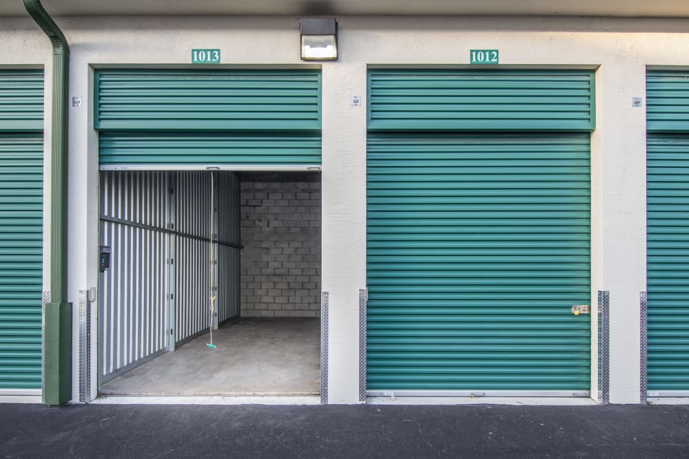 Exterior units at Prime Storage in West Palm Beach, Florida