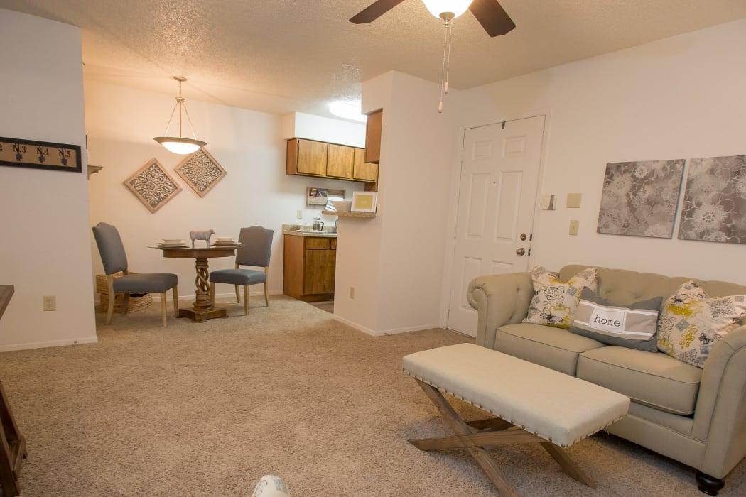 Living room at Cimarron Pointe Apartments in Oklahoma City, Oklahoma