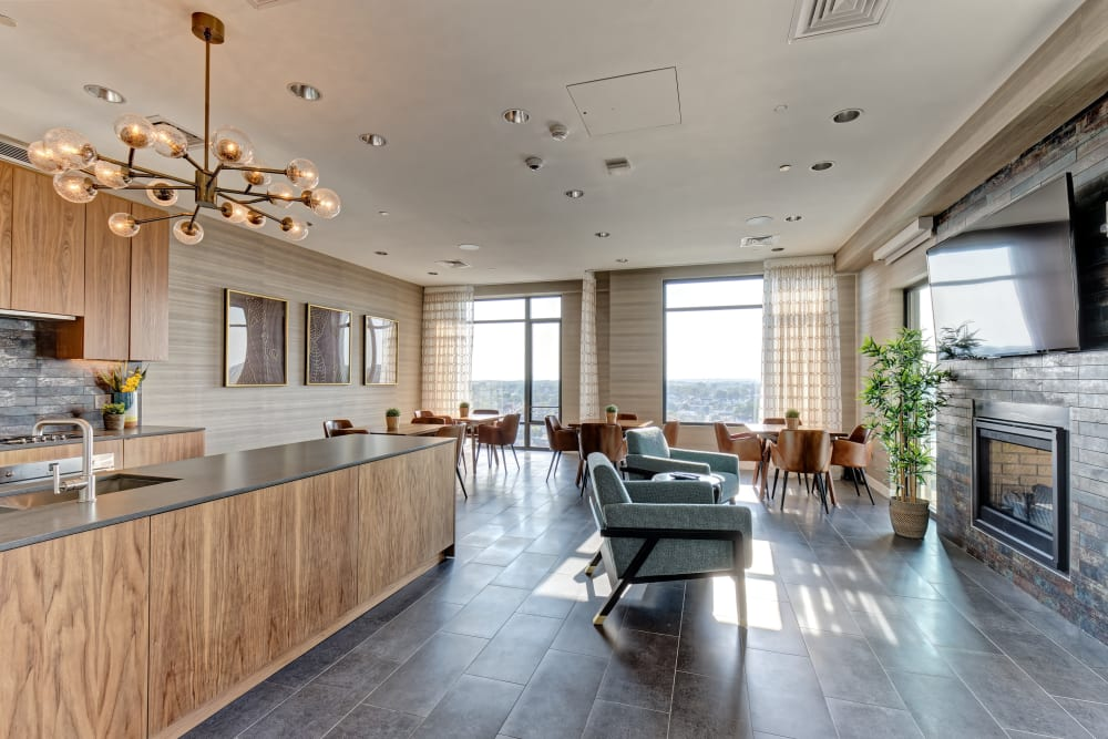 Take a virtual tour of our 1 Bedroom apartments at Vela on the Park in Stamford, Connecticut
