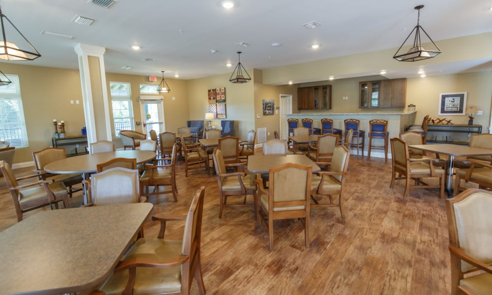 A resident dining room at Keystone Place at Terra Bella in Land O' Lakes, Florida