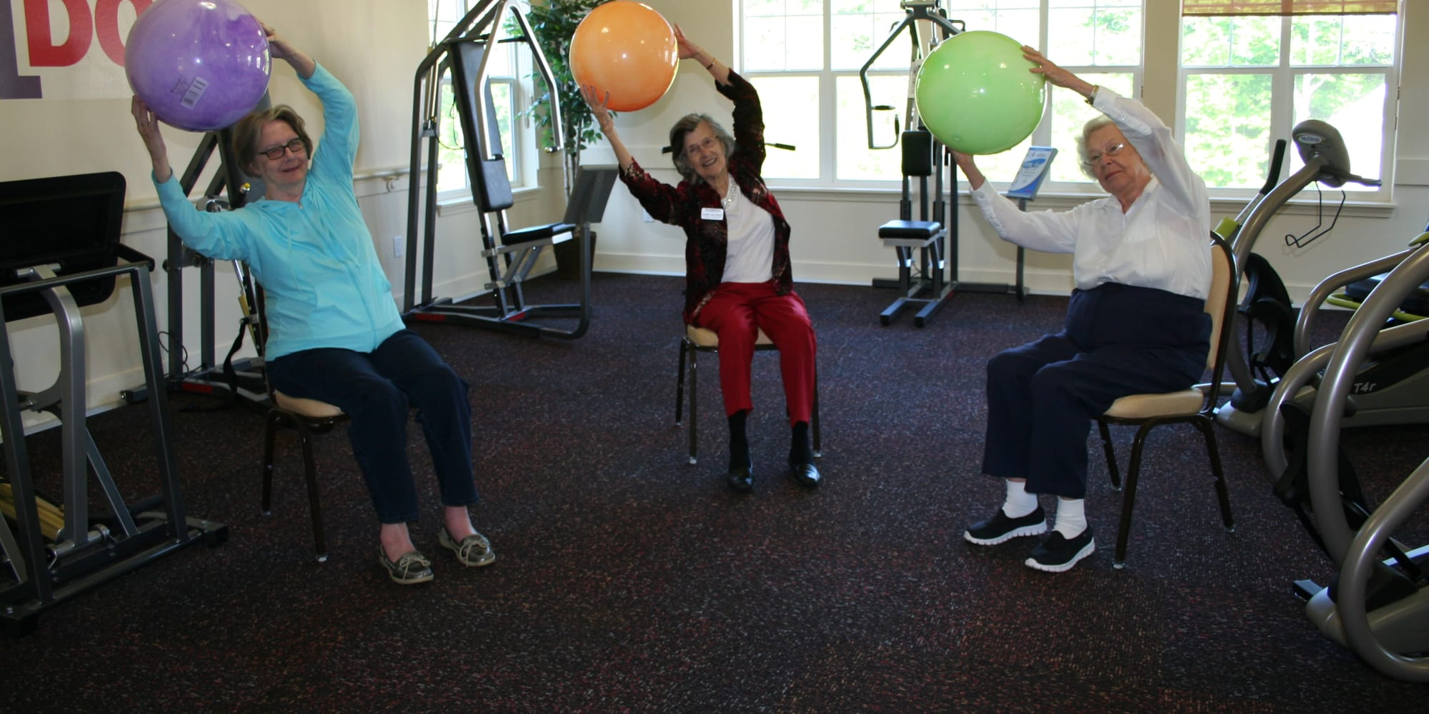 Residents exercising at Northridge Gracious Retirement Living in Fishers, Indiana