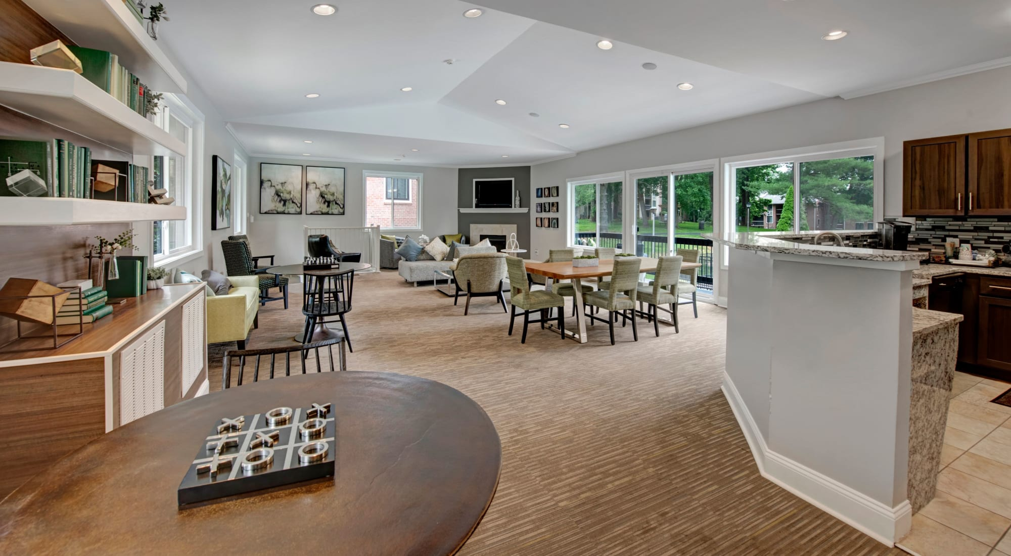 Schedule your tour of West Springfield Terrace in Springfield, Virginia