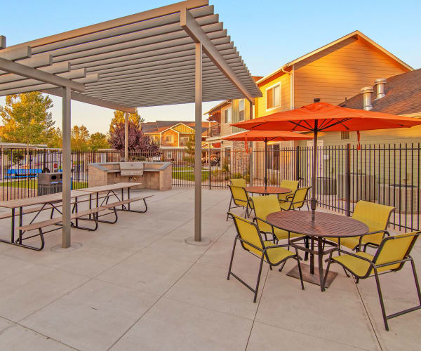 Eat healthy at the Selway Apartments outdoor grills