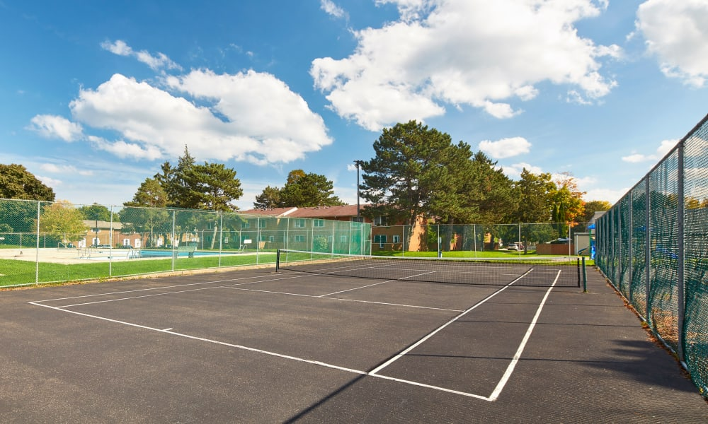 State-of-the-art tennis court at Georgian Court Estates in Burlington, Ontario