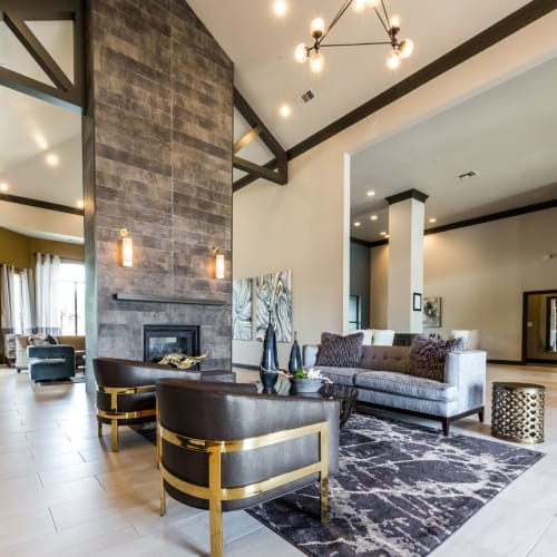 Flexible Lease Terms at Marquis at Stonebriar in Frisco, Texas
