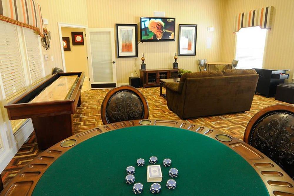 Apartments game room in Cordova