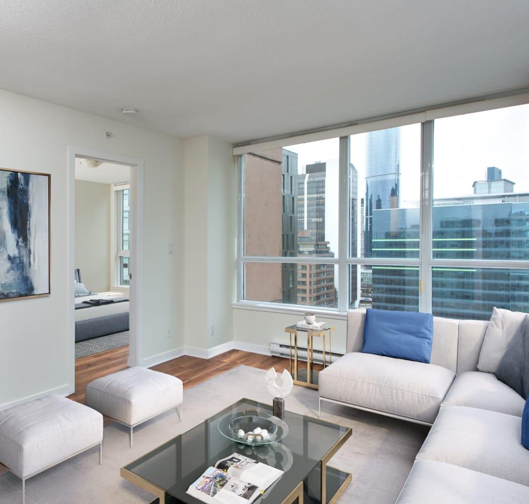 Bright Metropolitan Towers living room