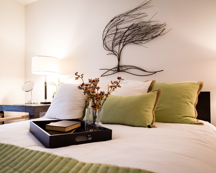 Luxurious apartments at University Gardens in Peoria, Illinois