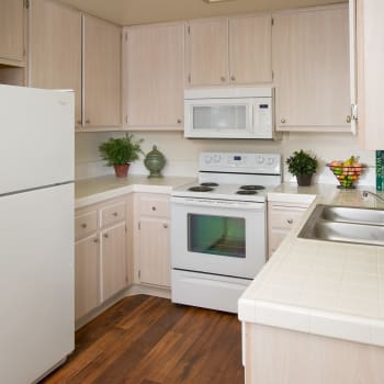 Fully equipped kitchens at apartments in San Diego, CA