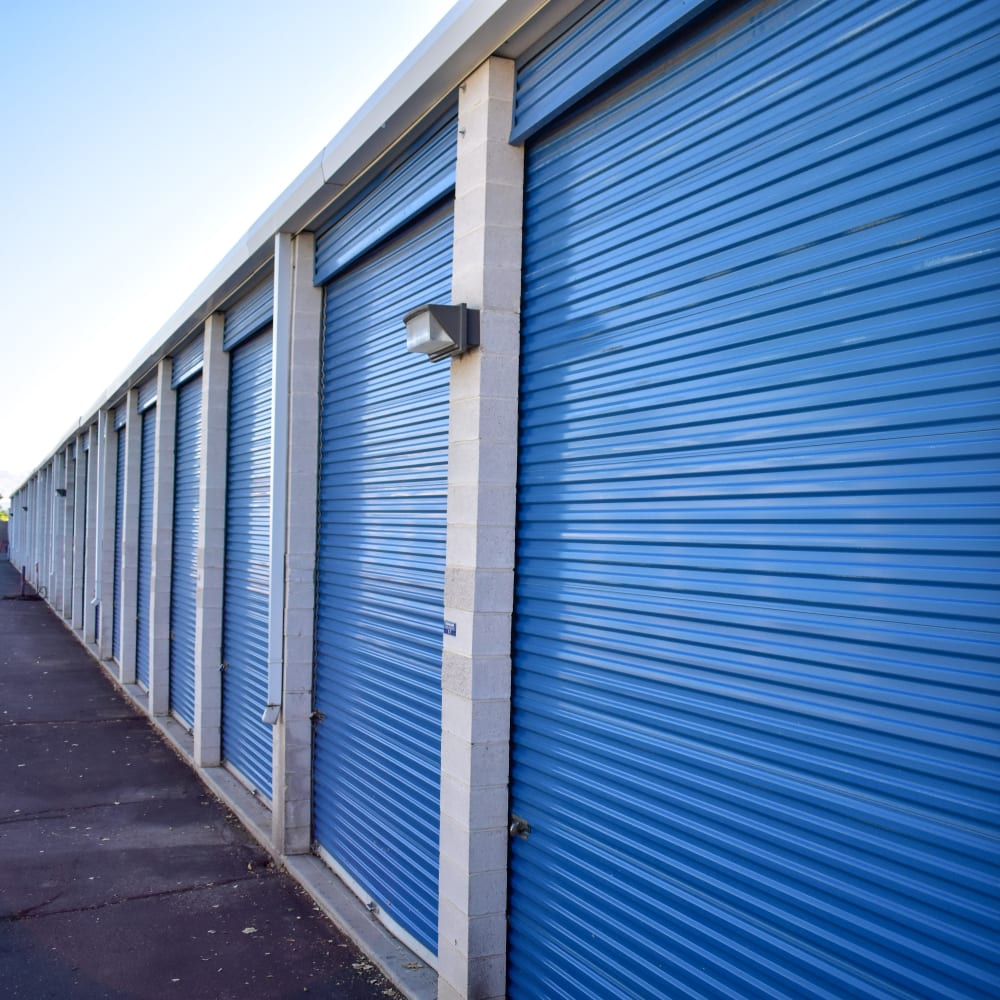 Learn about the convenience up drive-up storage units at STOR-N-LOCK Self Storage in Cottonwood Heights, Utah