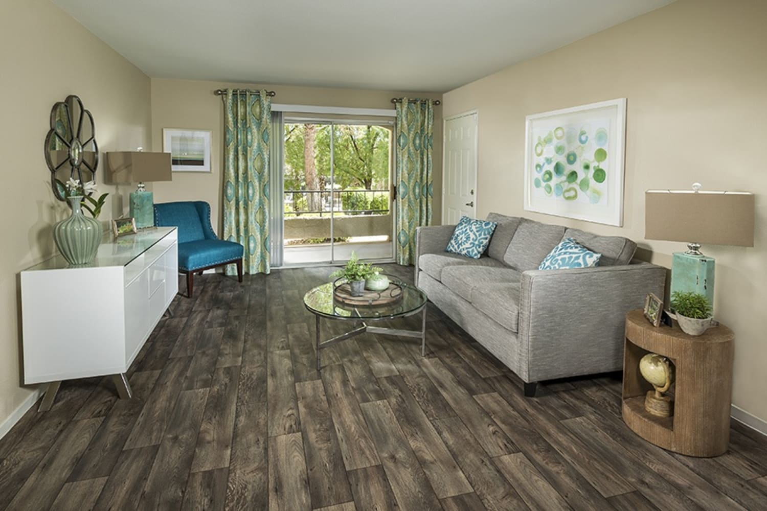 Affordable 1, 2 & 3 Bedroom Apartments in Las Vegas, NV