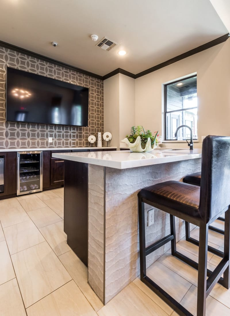 Kitchenette and breakfast bar in clubhouse at Marquis at Stonebriar in Frisco, Texas