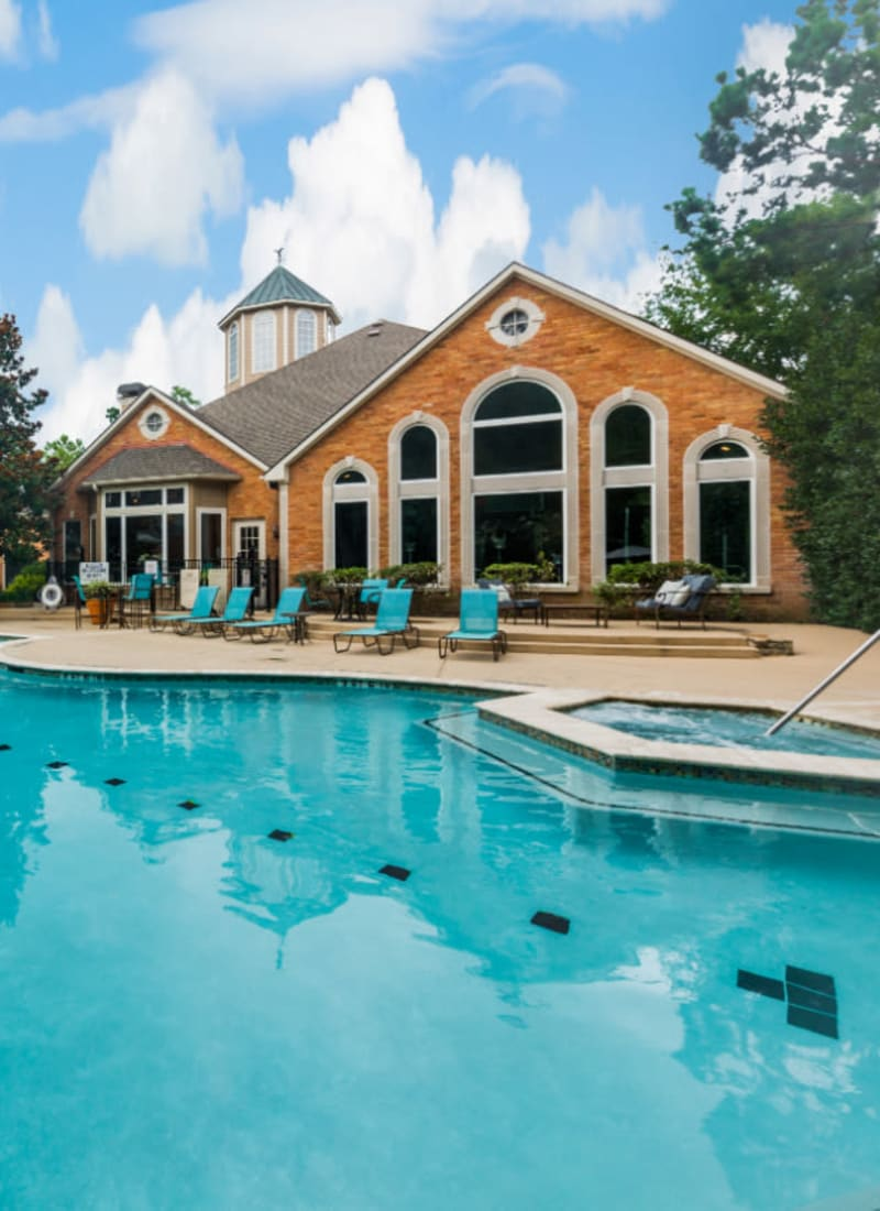 View our amenities at Marquis at Kingwood in Kingwood, Texas
