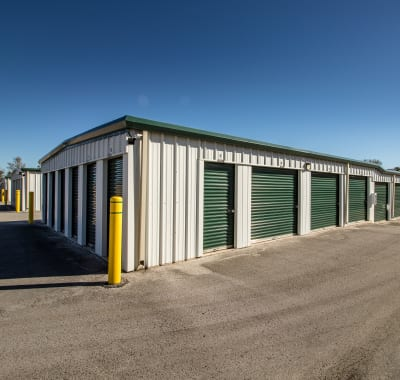 Self storage units for rent at Neighborhood Storage in Ocala, FL