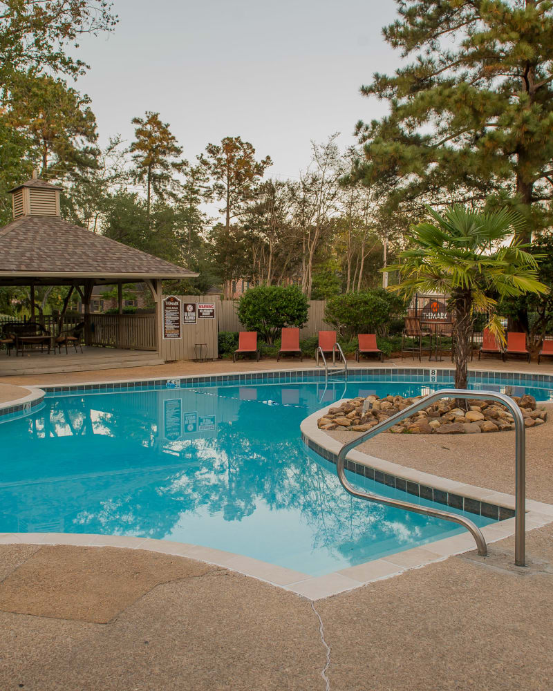 Resort style pool at The Mark Apartments in Ridgeland, Mississippi