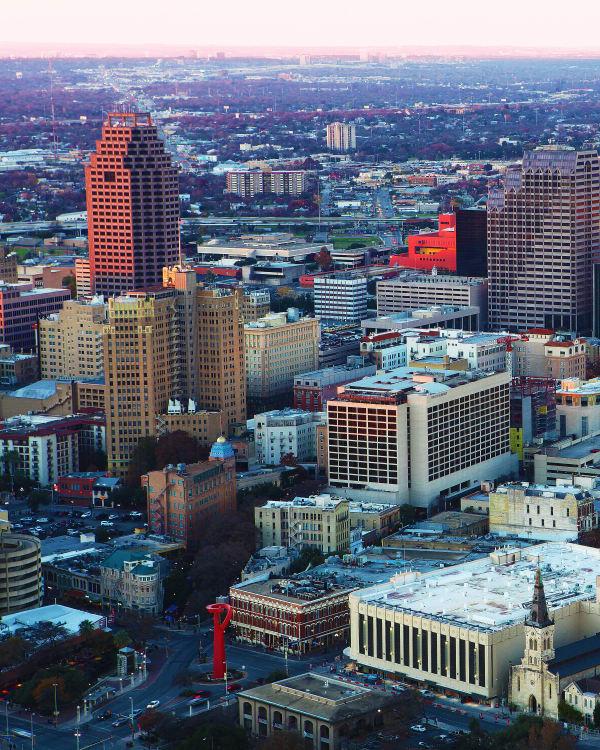 Aerial view of the neighborhood near Seventeen15 in Houston, Texas