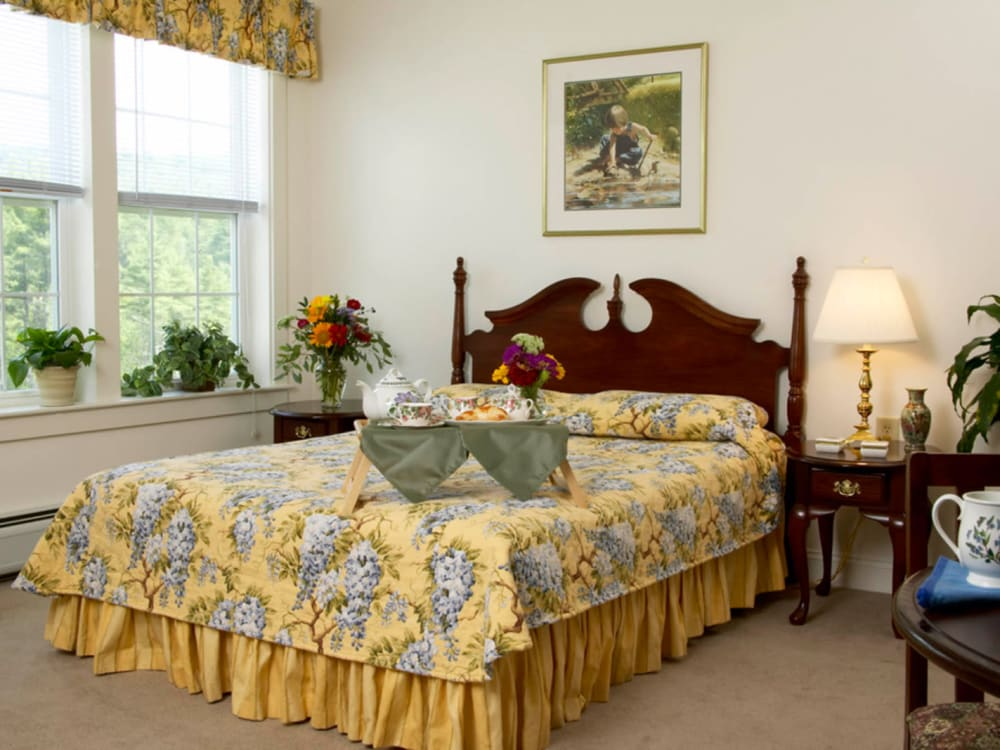 Large bedroom at Valley Terrace in White River Junction, Vermont