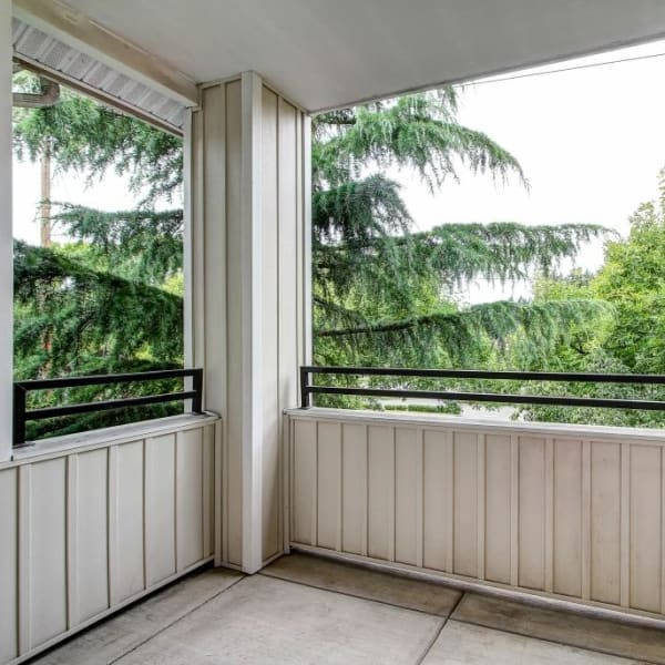 The Dakota Apartments in Lacey, Washington offers a deck