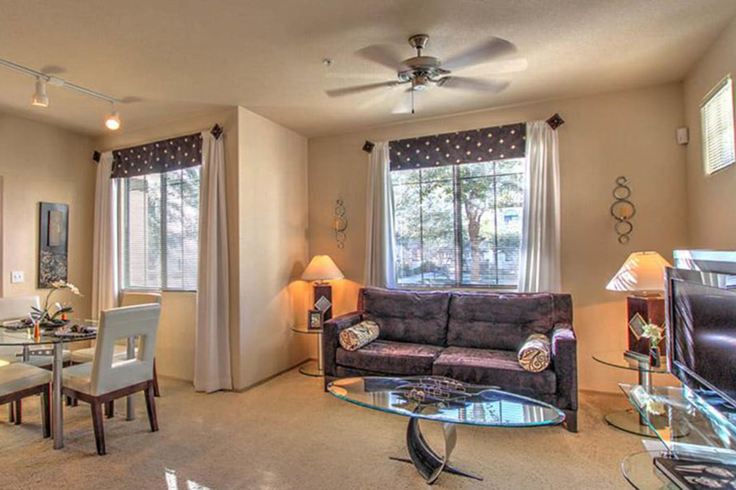 Dobson 2222 in Chandler, Arizona, offers open living room floor plans
