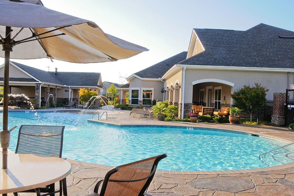 Swimming Pool at apartments in Cordova