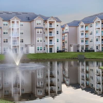 Water feature by apartments at The Avenue Apartments In Lakeland