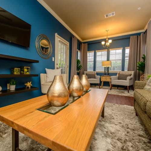 View virtual tour for 2 bedroom 1 bathroom unit at Alon at Castle Hills in San Antonio, Texas