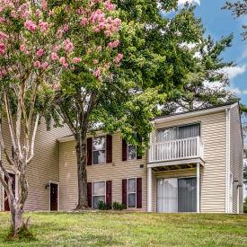 Luxury apartment for rent at Aston Ridge Apartments