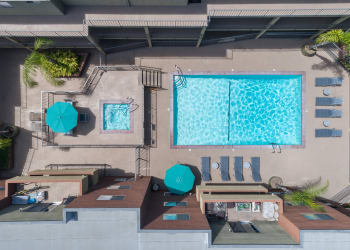 Swimming pool at apartments in Glendale