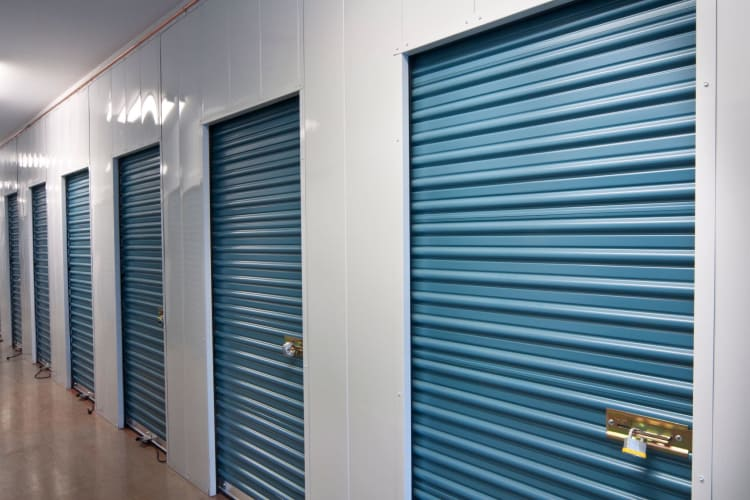 Climate controlled storage units in High Point
