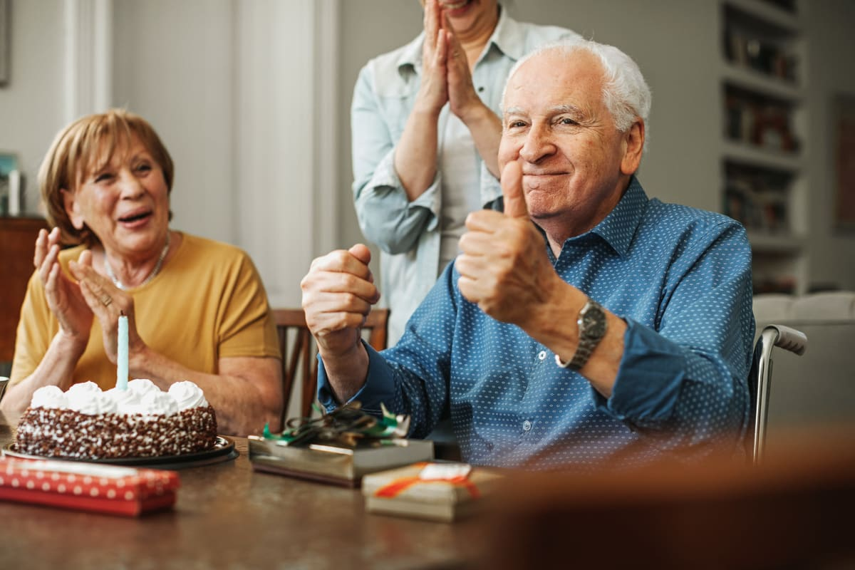 Residents celbrating a birthday together at Homestead House in Beatrice, Nebraska