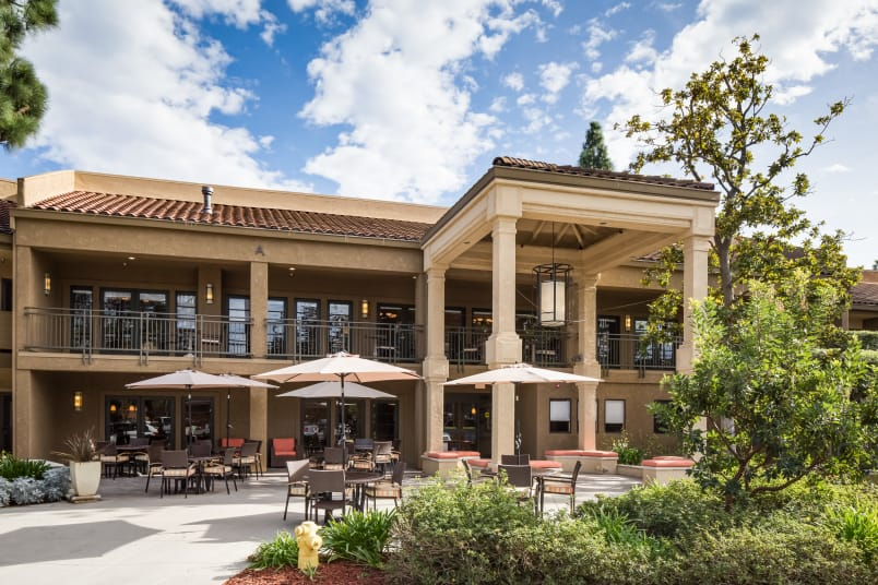 Exteriors of The Reserve at Thousand Oaks in Thousand Oaks, California