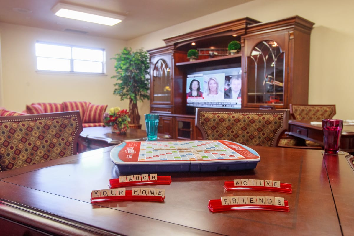 Scrabble at Mulberry Gardens Assisted Living in Munroe Falls, Ohio