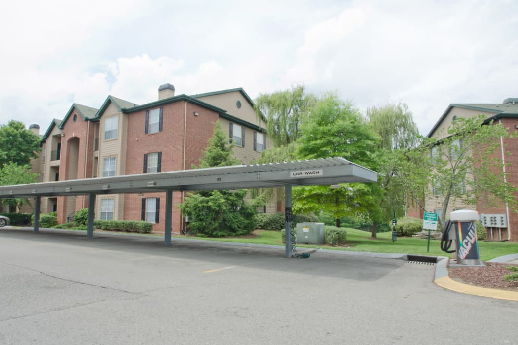Pinnacle Heights offers beautiful apartmetns for rent in Antioch, Tennessee
