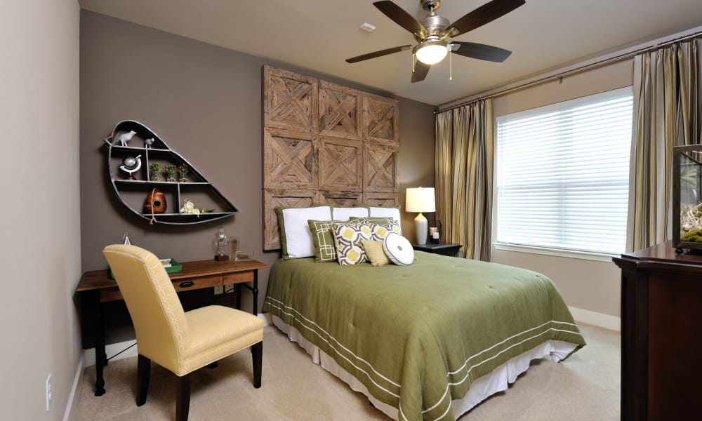 Grand Reserve Katy offers a cozy bedroom in Katy, Texas