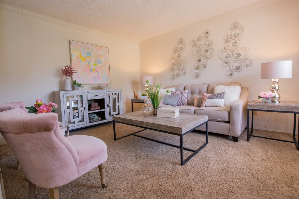 Living room at Summerfield Place Apartments in Oklahoma City, Oklahoma