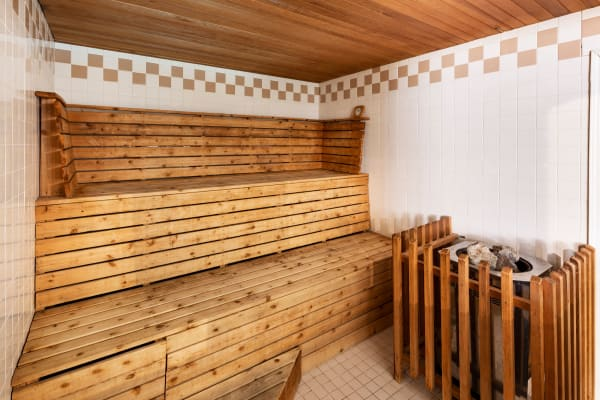 Gorgeous sauna at Fraser Tolmie Apartments in Victoria, British Columbia