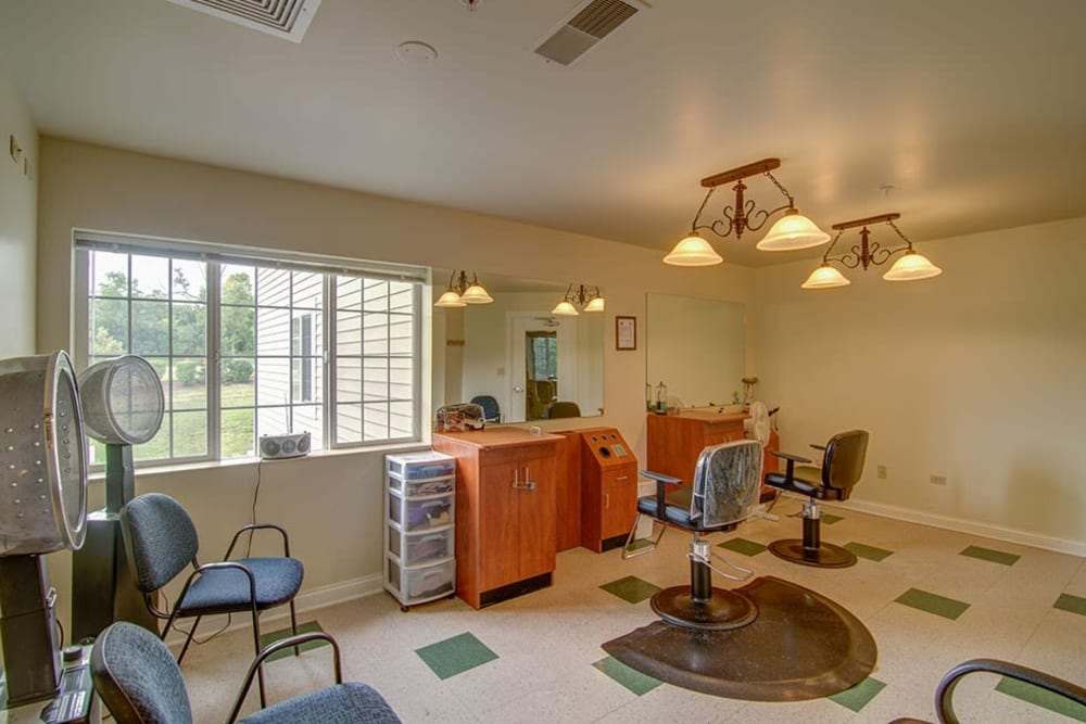 Onsite salon and barbershop at Randall Residence of McHenry in McHenry, Illinois