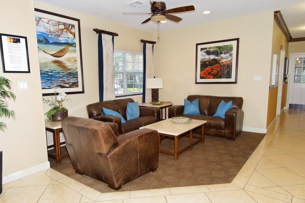 Lounge area atPacifica Senior Living Belleair
