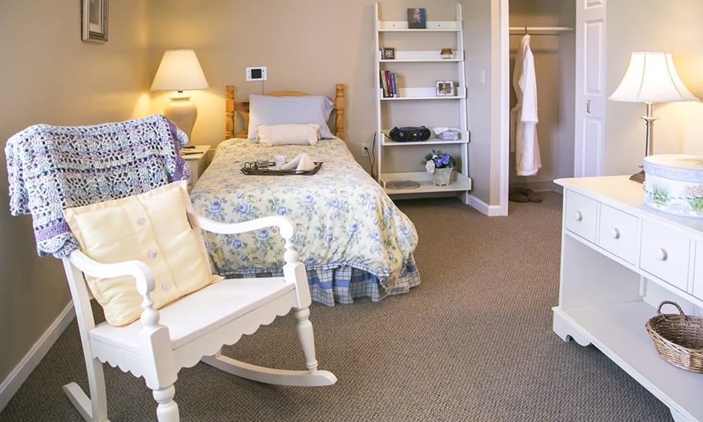 Resident bedroom at Randall Residence of Wheelersburg in Wheelersburg, Ohio