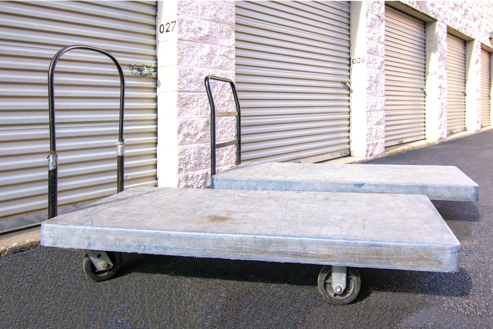 Prime Storage has dollies and carts available for use in West Chicago, Illinois