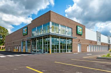 Nearby Metro Self Storage location in Line Lexington, Pennsylvania