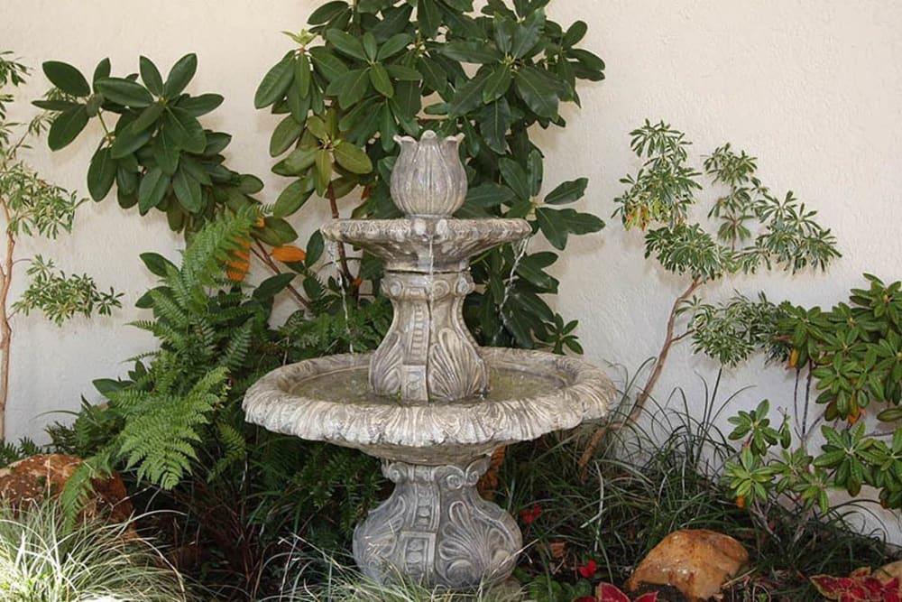 Fountain outside at Oak Terrace Memory Care in Soulsbyville, California