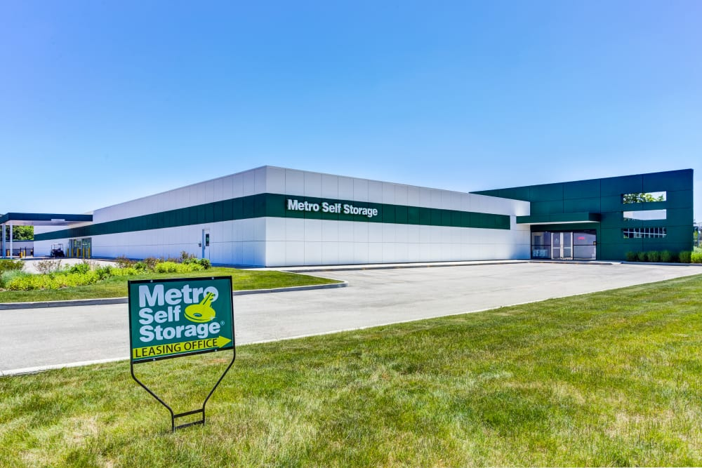 Leasing office exterior view at Metro Self Storage in Deerfield, Illinois