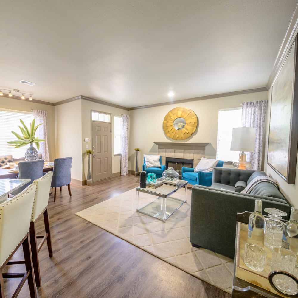 Open floor plan with breakfast bar at Artisan at Lake Wyndemere in The Woodlands, Texas