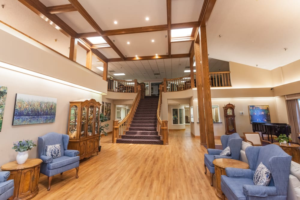 Spacious common area with tons of seating at River Commons Senior Living in Redding, California
